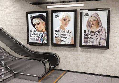 Obraz 3 Billboards on Subway Station Wall Mockup - fototapety do salonu
