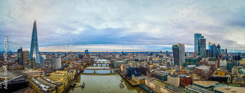 Fényképezés Aerial view of the City of London, the historic centre and the primary central b