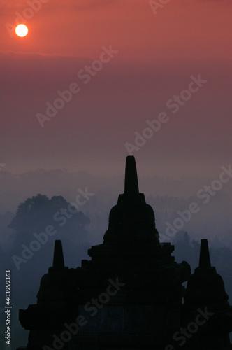 Obraz na plátně sunrise at the temple