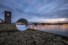 Beleuchtete Brücke über Den Rhein Bei Mainz