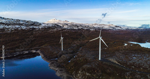 Obraz Wind power turbines in north Norway 2 - fototapety do salonu