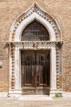 Portail De L'Église San Gregorio De Venise