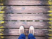 Bootssteg Mit Holzbrettern, Holzplanken, Alte Bretter, Holzsteg, Bretter