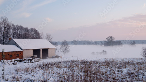 Fototapeta wieś od zaplecza obraz