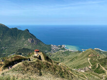 Teapot Mountain - Popular Trail On The North East Coast Of The Country That Has Some Of The Best Landscapes For A Day-hike In Northern Taiwan - Small Hike Jiufen, Yin Yang Sea, Temple, Pagoda