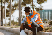 Construction Engineer Stress Of Construction Project Failure.Unemployment In The Covid Virus Crisis 19. The Impact Of The Outbreak Of The Virus Covid 19. Business Failure Crisis