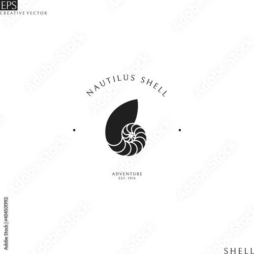 Canvas-taulu Nautilus shell. Isolated logo on white background