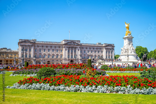 Canvas Print The principal facade of Buckingham Palace