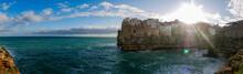 Polignano A Mare Sobre El Mar Adriático, Provincia De Bari, Región Puglia, Sur De Italia.