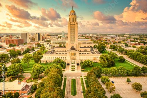 Vászonkép Lincoln skyline and Nebraska State Capitol