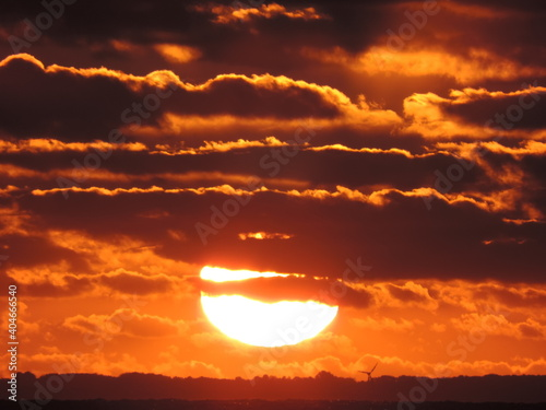 Obraz Low Angle View Of Sky During Sunset - fototapety do salonu