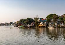 Fleuve à Ayutthaya, Thaïlande