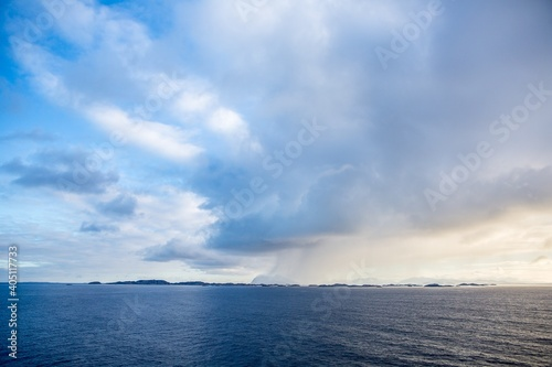 Obraz Scenic View Of Sea Against Sky - fototapety do salonu