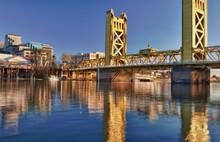 USA, California, Sacramento, Tower Bridge Over Sacramento River