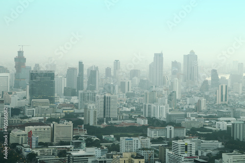 Photo Aerial View Of Buildings In City Against Clear Sky
