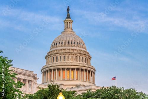 Obraz The United States Capitol Building at sunset in Washington DC, USA. - fototapety do salonu