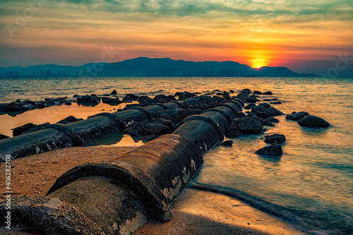 Carta da parati Beautiful Sunset View From A Beach During Low Tide