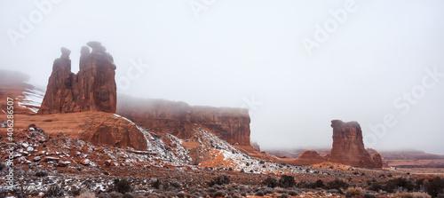 Obraz na plátne Foggy Morning, Arches National Park, Utah