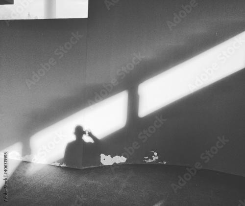 Obraz na plátně Self-portrait In The Shadow