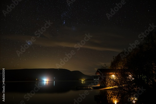 Foto Ullswater And The Duke Of Portland Boathouse Under The Night Sky