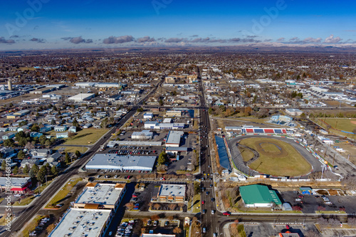 Canvastavla Aerial view of Meridian Idaho with speedway and city