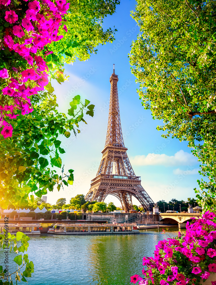Fototapeta Eiffel Tower in spring