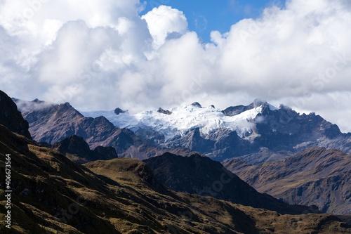 Fototapeta Glacial mountain view from Choquequirao trekking trail