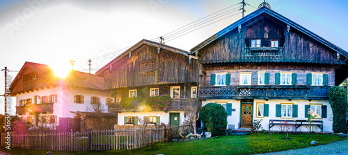 Papel de parede typical bavarian farmhouse near the alps