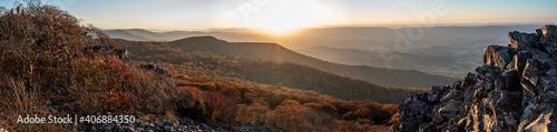 Obraz sunset over the mountains - fototapety do salonu