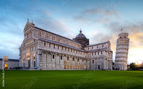 Fototapeta Panorama of Pisa Cathedral (Duomo di Pisa) with Leaning Tower (Torre di Pisa) and Baptistery of St