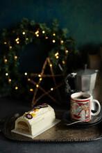 Christmas White Lof Cake