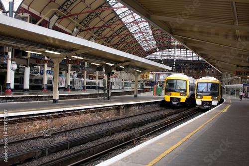 Fototapeta London Victoria mainline railway terminus station in England, uk
