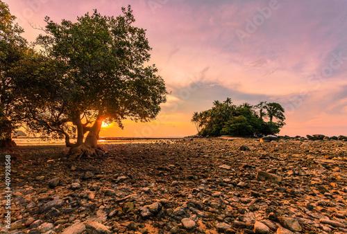 Obraz na plátně Sunset ebb beach