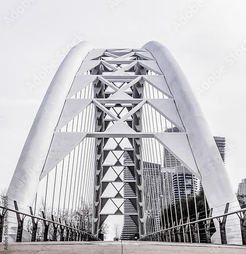 Low angle shot of the Humber Bay bridge in Toronto, Canada - fototapety na wymiar