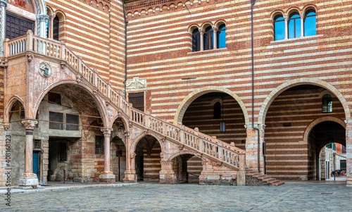 Fototapeta The courtyard at the staircase of reason in Verona, Italy