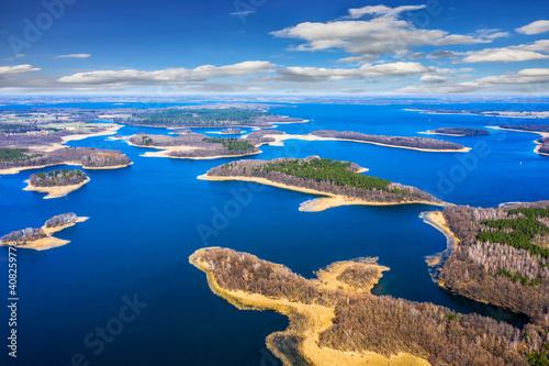 wiosna na Mazurach-jezioro Kisajno