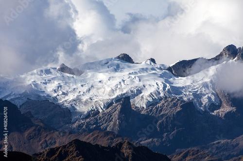 Fotografie, Obraz Glacial mountain view from Choquequirao trekking trail