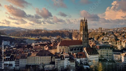 Obraz na plátne Stadt Fribourg, Poya und Zaehringen brücke, Schweiz