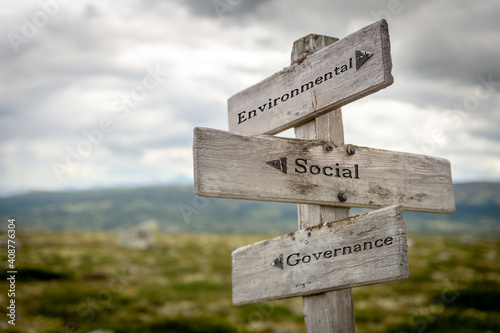 environmental social governance text on wooden signpost outdoors in nature - fototapety na wymiar