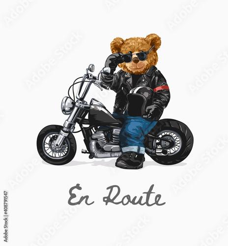 Papel de parede en route slogan with bear doll riding chopper illustration