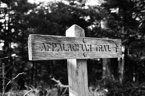 Canvastavla Appalachian trail sign black and white