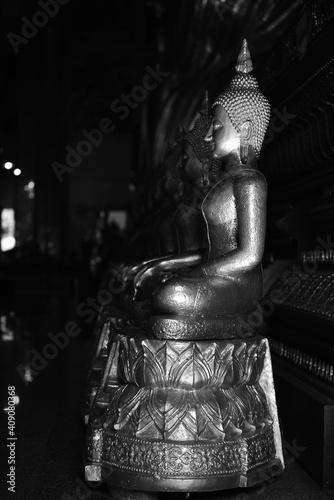 Fotografía The golden Buddha image