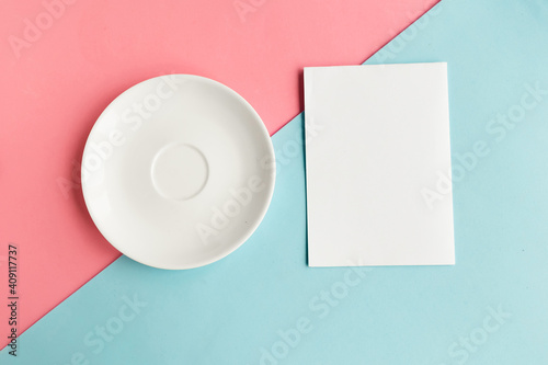 Fotografie, Obraz Empty plate and mockup blank on color background