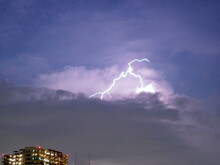 The Thundercloud With Lighting In Tokyo