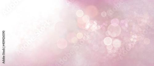Banner rosa pastello con luce magica e bokeh bianco #409426590