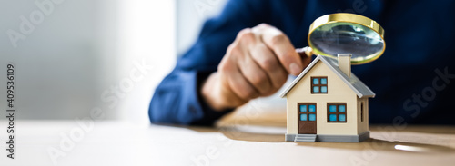 Real Estate House Appraisal And Inspection - fototapety na wymiar
