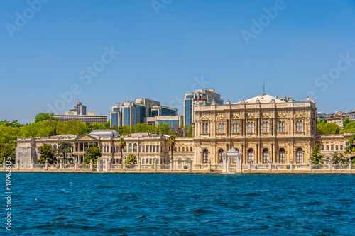 Canvas Dolmabahce Palace view in Istanbul