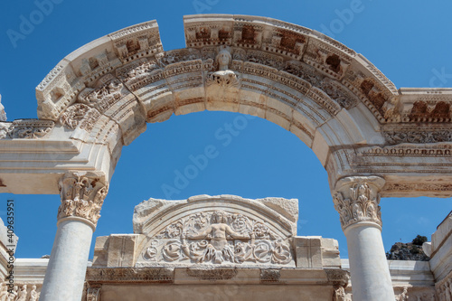 Obraz na plátne The Temple of Hadrian in the Ancient Ruins of Ephesus, Turkey