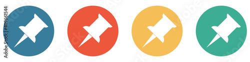 Obraz Bunter Banner mit 4 Buttons: Nadel zum Merken, Speichern oder als Erinnerung - fototapety do salonu