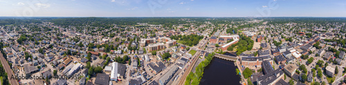 Fotografia Historic Francis Cabot Lowell Mill building at Charles River and Waltham historic city center aerial view in city of Waltham, Massachusetts MA, USA